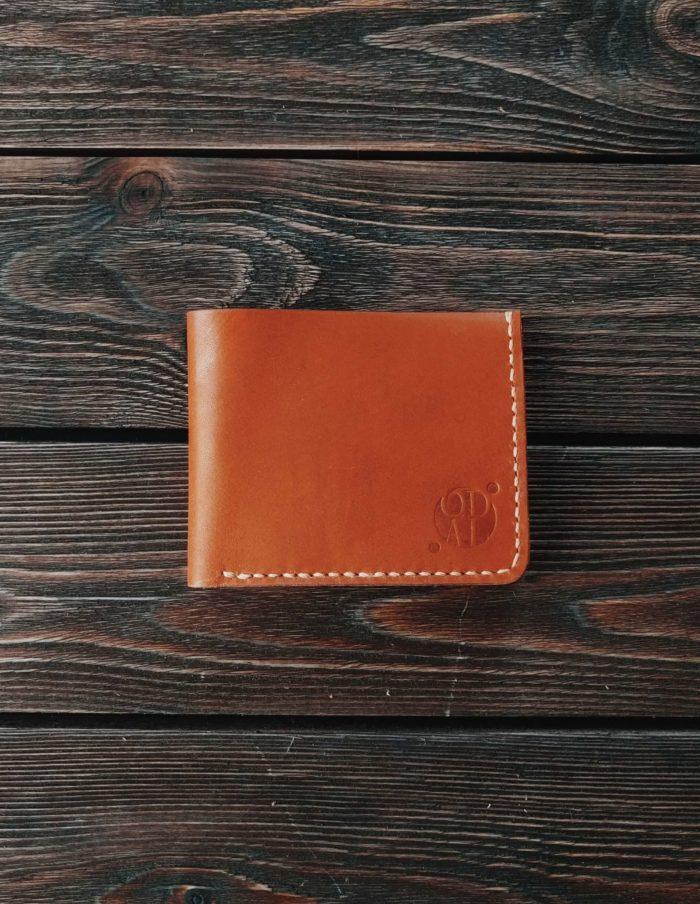 d58a9e95d180 Купить кожаные кошельки (портмоне) ручной работы в интернет магазине ...