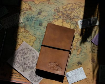 Записная книжка из кожи на резинке 17х11 — цвет коньяк